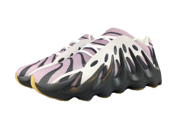Сиреневые кроссовки Adidas